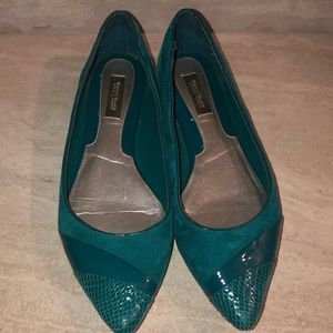 White House Black Market teal pointy flats